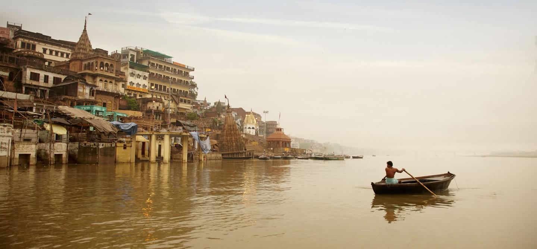 gateway-ganges-varanasi-ghats